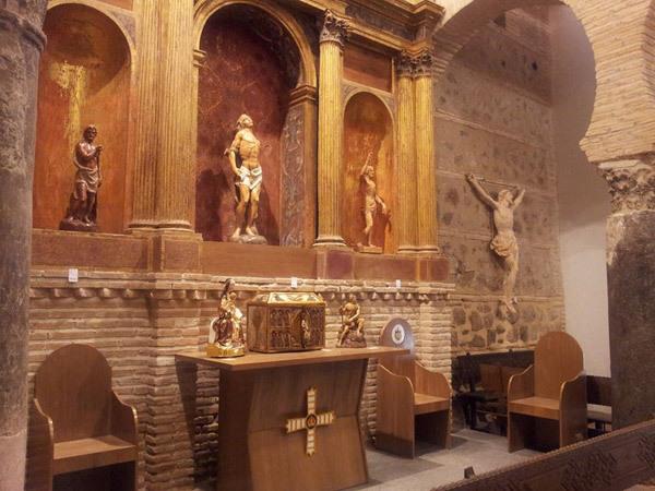 esculturas y moldes numa arte sacro
