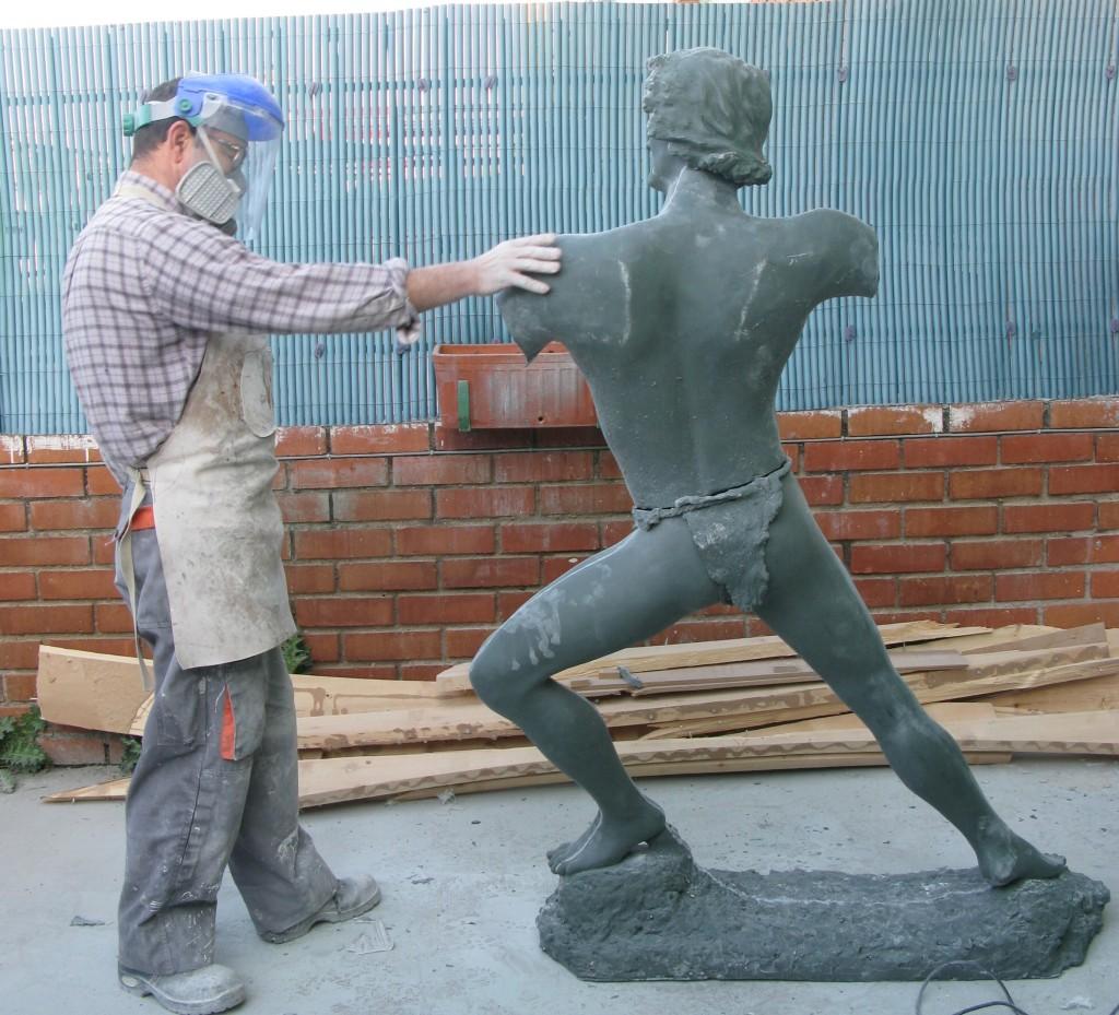 realizamos esculturas a partir de moldes para broncistas