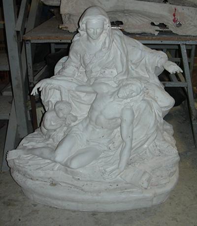 arte sacro piedad en el taller