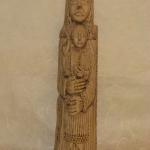 talla religiosa estilo románico efecto mármol envejecido
